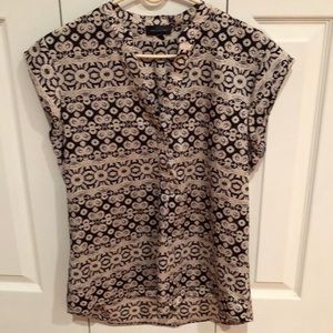 The Limited v neck top size M